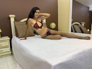 MariamCortez show photos